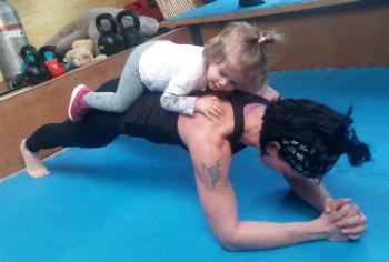 Baba-mama edzés